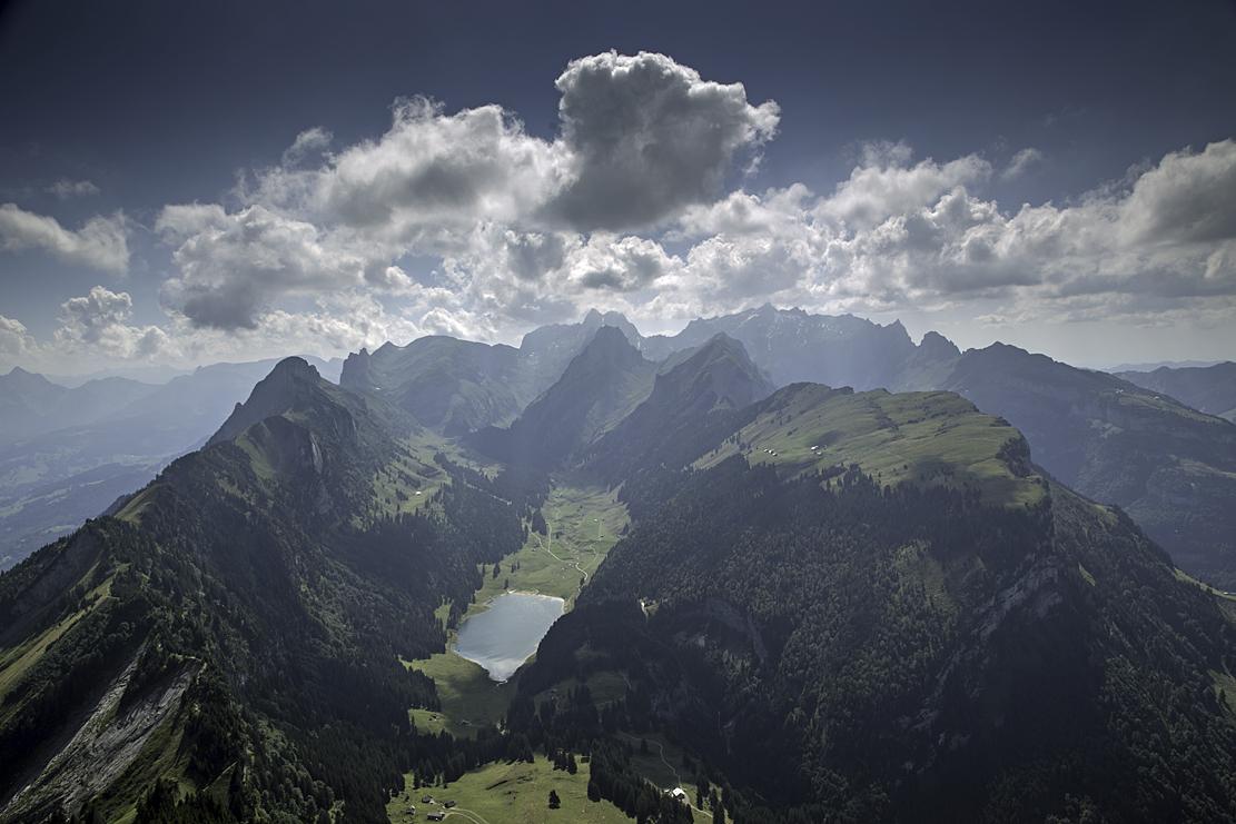 image Robert_Hangartner_saentis_dunstlandschaft_altmann_alpstein_alpsiegel